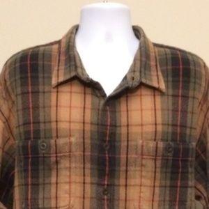 Cabela's heavy logger flannel button down E12